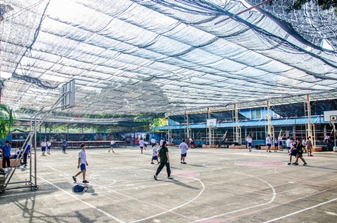 สนามฟุตบอลและบาสเก็ตบอล (2)