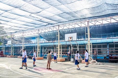 สนามฟุตบอลและบาสเก็ตบอล (4)