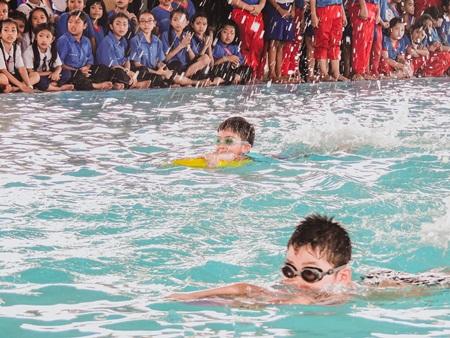 สระว่ายน้ำ (14)