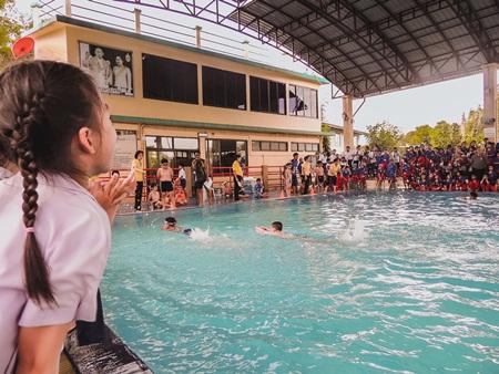 สระว่ายน้ำ (15)